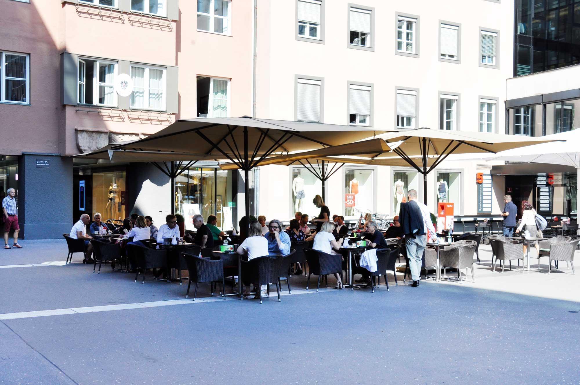 piazza-aussen-1